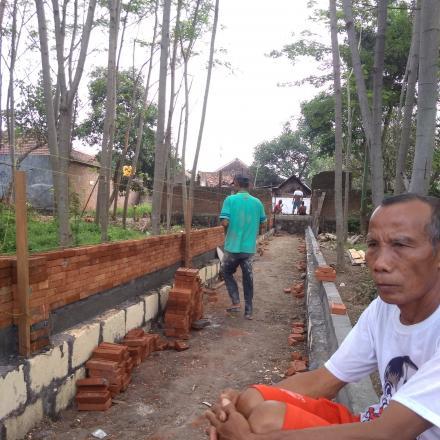 Pembangunan Jalan Di Petilasan Mbah Ronggo