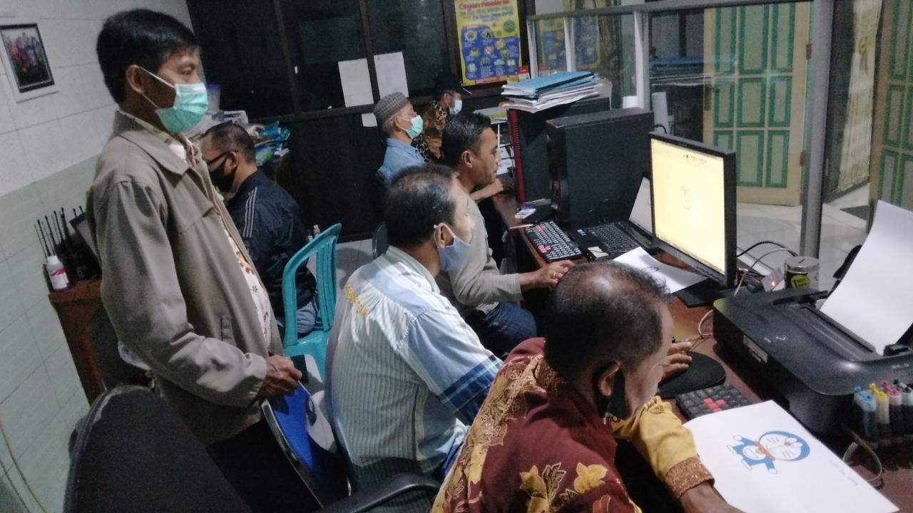 Belajar Komputer Untuk Ketua RW dan RT